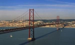Brücke über den Tejo