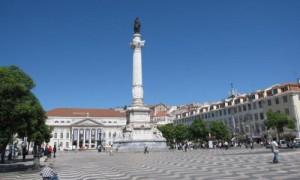 Die Kolumbis-Statue in Lissabon