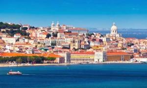 Lissabon von der Meerseite
